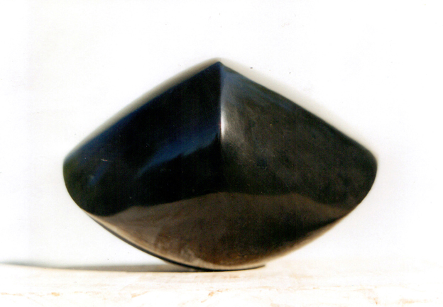 lotte thuenker blog cat's eye 2001 nero di belgio 14 x 16 x 23 cm